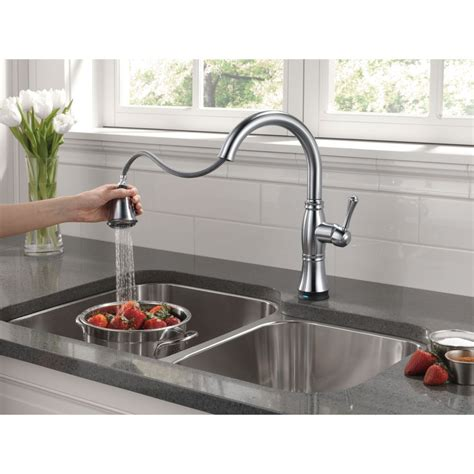 delta faucet 9197t dst cassidy polished chrome pullout spray kitchen faucets efaucets
