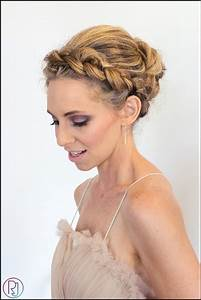 17 Jaw Dropping Wedding Updos & Bridal Hairstyles