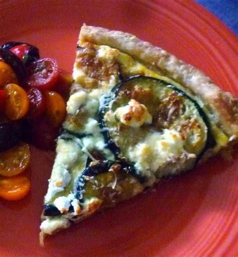 cuisiner l aubergine facile tarte à l 39 aubergine et aux fromages cuisiner c 39 est facile