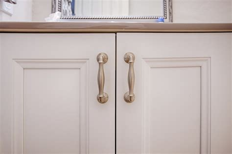 kitchen cabinets knobs vs handles dc drawers author at dc drawers 8098