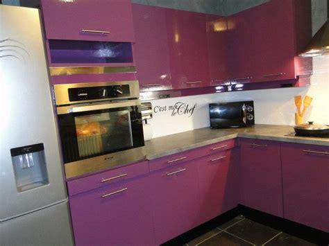 cuisine mauve cuisine cuisine blanc gris violet 1000 idées sur la décoration et cadeaux de maison et de