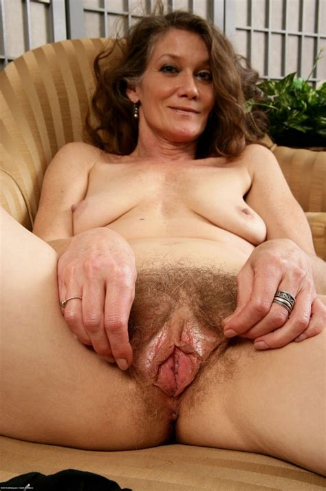 Natural Hairy Moms Pics 11 Pic Of 53