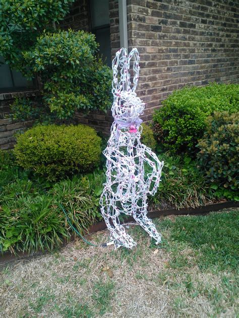 Easter Bunny  Ee  Yard Ee   Art