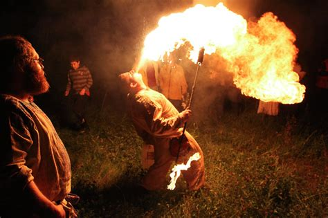 summer solstice  pictures fire rites druids