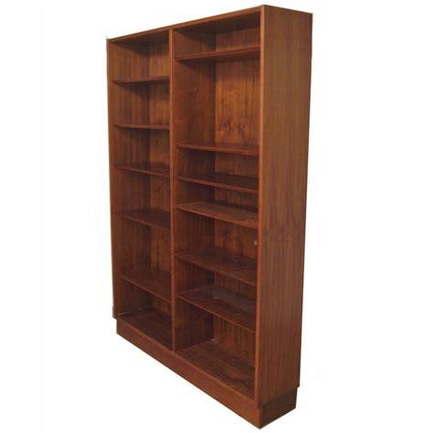 Poul Hundevad Danish Modern Teak Bookcase At 1stdibs