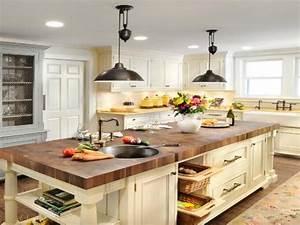 Farmhouse kitchen lighting island