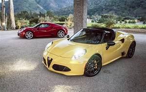 Alfa Romeo 4c Prix : alfa romeo 4c coup 2017 prix moteur sp cifications techniques compl tes le guide de l 39 auto ~ Gottalentnigeria.com Avis de Voitures