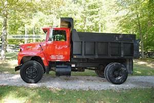 1988 Ford L8000