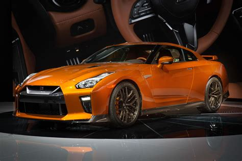 The New Gtr by 2017 Nissan Gt R Debuts At The 2016 New York International