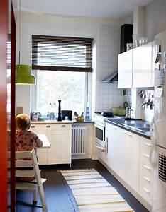 Esstisch Kleine Küche : kleine k che mit essplatz planen und gestalten ~ Lizthompson.info Haus und Dekorationen