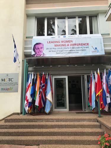 Z.Kalniņa-Lukaševica piedalās sieviešu līderu konferencē I… | Flickr