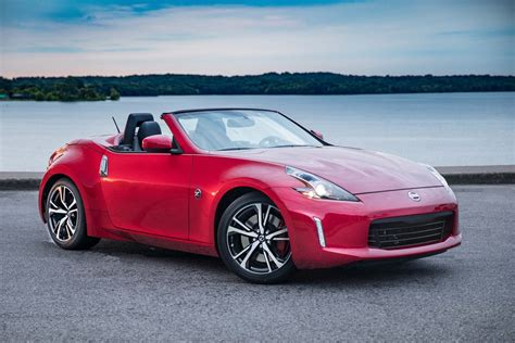 nissan convertible review nissan 370z roadster drop the top and have fun