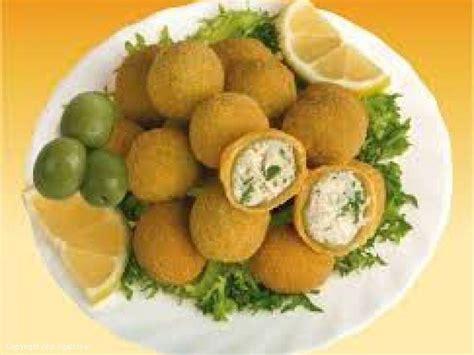 Recipe Ullinj të mbushur (Olive all'ascolana)