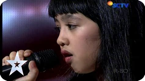 Year Old Cute Amazes Judges With Her Opera Singing