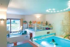 Schwimmbad Zu Hause De : schwimmen im mini schwimmbad schwimmbad zu ~ Markanthonyermac.com Haus und Dekorationen