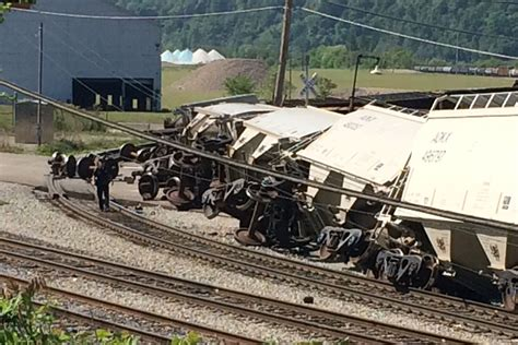 Freight Train Derails In Hazelwood; No Injuries As 11 To