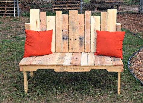 tuinbank van pallets zelf een houten tuinbank maken 20 geweldige diy projecten