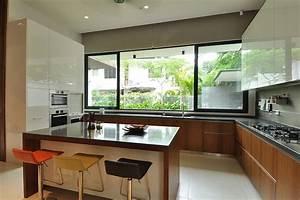 Stylish Bungalow Inspired Residence in Singapore: Sunset