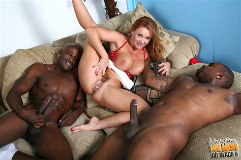 Janet Mason Gets Creampied By Blacks In Front Of Her Son