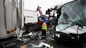Autoroute A13 Accident : yvelines cinq bless s graves dans un carambolage sur l 39 a13 l 39 express ~ Medecine-chirurgie-esthetiques.com Avis de Voitures