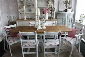 Meuble Vintage Pas Cher : les meubles vintages comme un accent romantique ~ Teatrodelosmanantiales.com Idées de Décoration