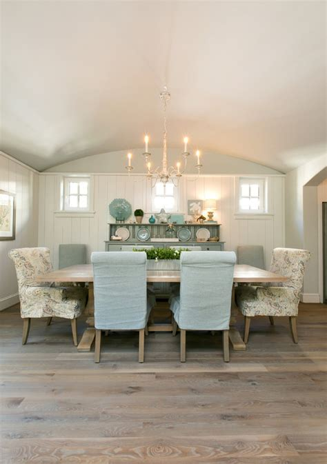 Coastal Style: How to Get the Look   Town & Country Living