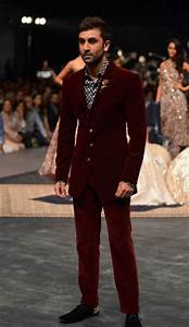 Engagement Outfits for Indian Men-20 Latest Ideas what to Wear on Engagements