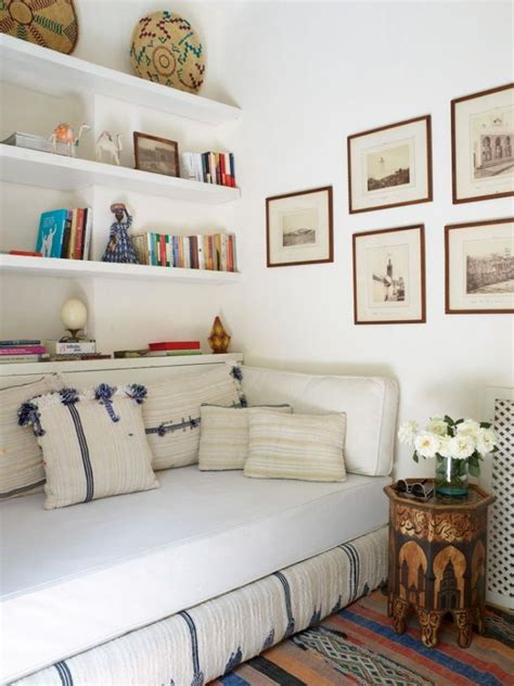 Ideas For Single Bedroom by 25 Best Ideas About Spare Room On Spare Room