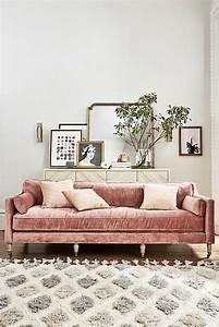 10 velvet sofas to put in your living room immediately for Green velvet sofa for your modern living room