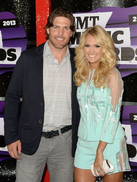 how did carrie underwood meet husband carrie underwood mike fisher are not divorcing debunked