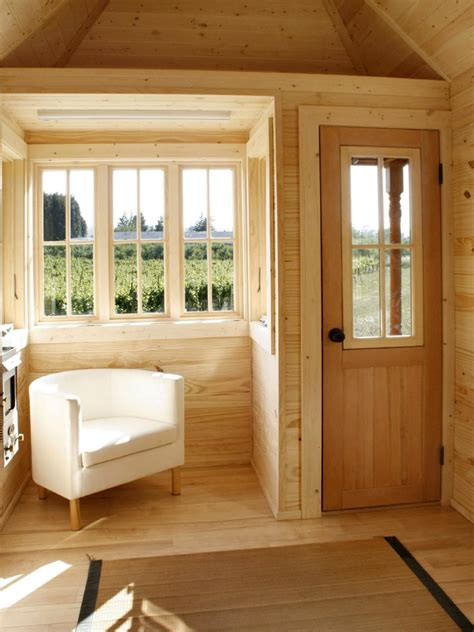 tiny houses living large   small space diy