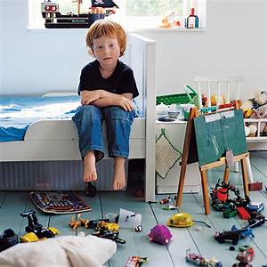 Reasons to let your child's bedroom stay messy