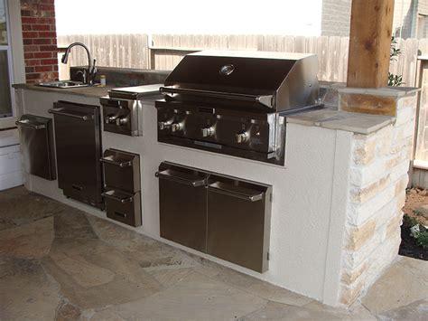 limestone outdoor kitchen 10 foot outdoor kitchen white limestone my blog