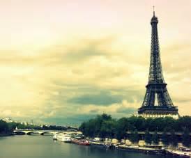 Eiffel Tower Bedroom Decor