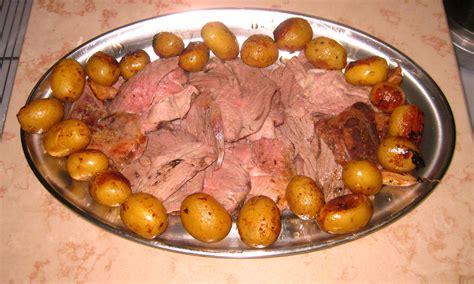 cuisiner un gigot d agneau au four gigot d 39 agneau