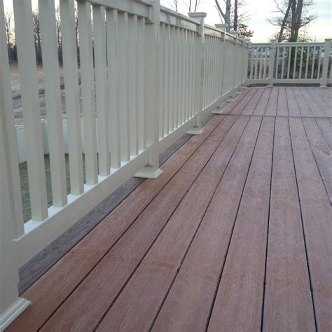 western states decking kansas fiberon pro tect flooring on deck in western cedar color