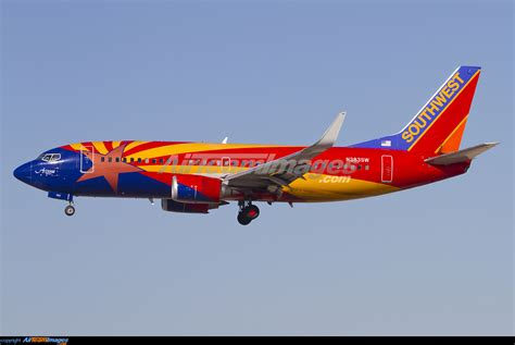 Boeing 737-3H4 - Large Preview - AirTeamImages.com