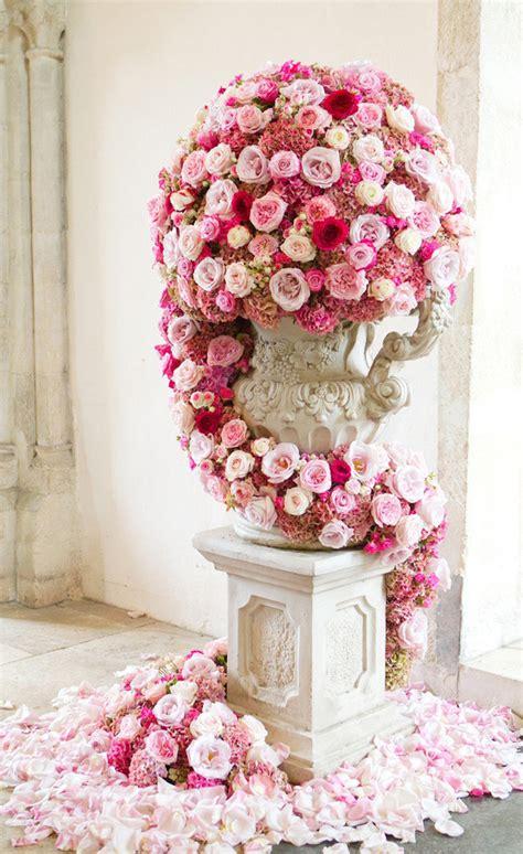 wedding ceremony flowers belle  magazine