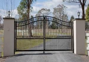 avantages et inconvenients dun portail de maison en acier With portail de maison en fer