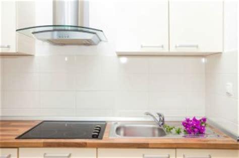 comparatif prix cuisine prix d 39 une hotte de cuisine et coût d 39 installation