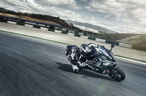 Kawasaki Zx10 R 4k Wallpapers by 3840x2532 Kawasaki Zx10r 4k Wallpaper Pack 1080p Hd