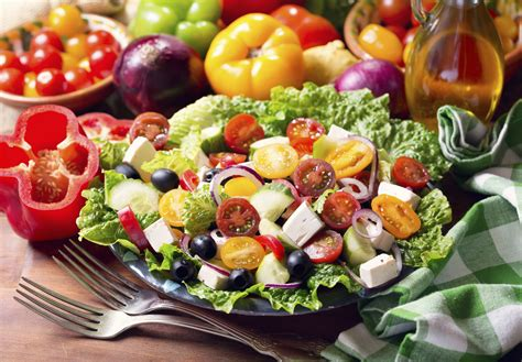 simple greek salad recipe nutrition