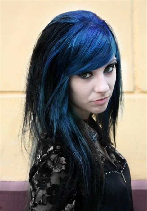 And Blue Hairstyles by Win Your Hairs Adorning Stares By Coloring Them Blue