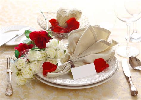 Kā salocīt auduma salvetes galda apkalpošanai? 49 ...