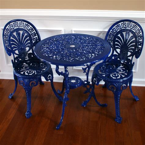 blue outdoor table and chairs chinoiserie blue vintage patio table and chairs garden