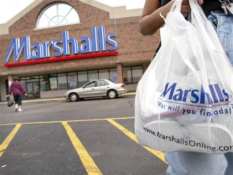 Tjx Employee Service Desk by Tjx To Open Marshalls In Canada