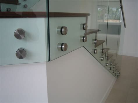 stand  glass railings  modern staircase los