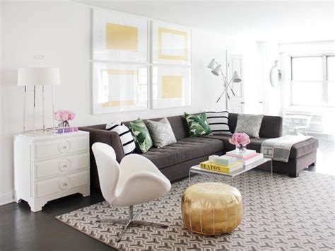 Decorating Ideas For Living Room With Grey Sofa by 12 Living Room Ideas For A Grey Sectional Hgtv S