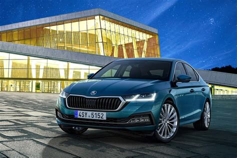 Yep, the new skoda octavia might just be a better car than the mk8 volkswagen golf upon which it is based. Skoda Octavia 2.0 TDI 150 DSG7 Business (Berline) - Auto ...