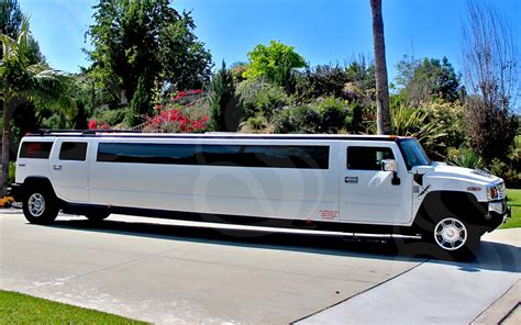 Rent A Limo For A Day by Rent Gold Coast Wedding Ceremony Limos For That Most